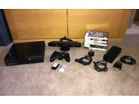 **Xbox 360 SE 500GB - Kinect - Controller - 8 Games**