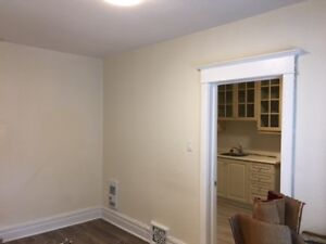Danforth & Broadview – 2 Bed Rooms apartment $1, 595 plus share