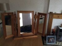 Solid pine dressing table mirror excellent condition