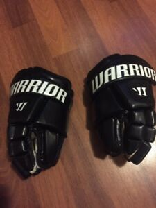 Goalie box lacrosse gloves