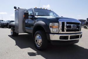 2008 Ford F-450 XLT Flatdeck- Manual Transmission/6.4L Diesel