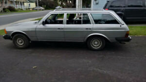 1981 Mercedes-Benz 300-Series 300TD Wagon