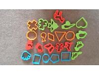 24 Cookie cutters