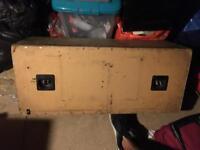 Kicker solo baric 12 and custom box