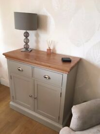 Painted Oak 2 Door 2 Drawer Sideboard Cupboard Furniture