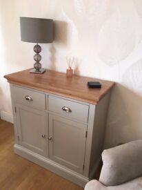 Painted Oak 2 Door 2 Drawer Sideboard Cupboard Furniture