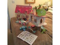 ELC ROSEBUD COTTAGE DOLLS HOUSE, TREE HOUSE & FURNITURE