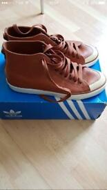 Men's Adidas nizza trainers size 9