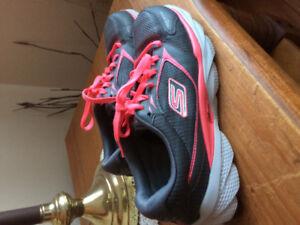 Skecher sneakers