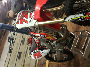 Great condition CRf 450R EFi