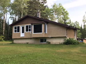 59 cameron falls Nipigon  with 33 acres of land