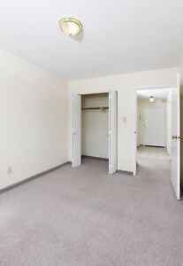CHECK OUT THIS 2 BEDROOM APARTMENT!