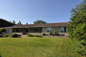 104 Clearview Cres., Municipality of Meaford, $699,900.