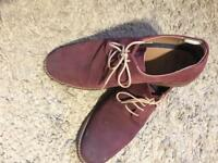 TWO PAIRS OF MENS SUEDE DESERT STYLE SHOES SIZE 9