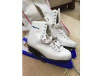 Girls size 3.5 freesport ice skates