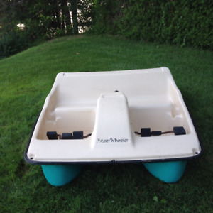 Water Wheeler 5 person Paddle Boat