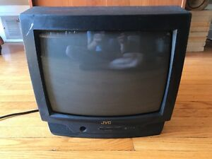 JVC C-1321 TV with remote