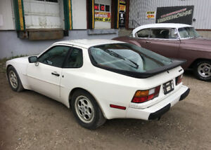 1987 PORSCHE 944 2 DR COUPE 46000KM NO RUST BARN FIND $5000