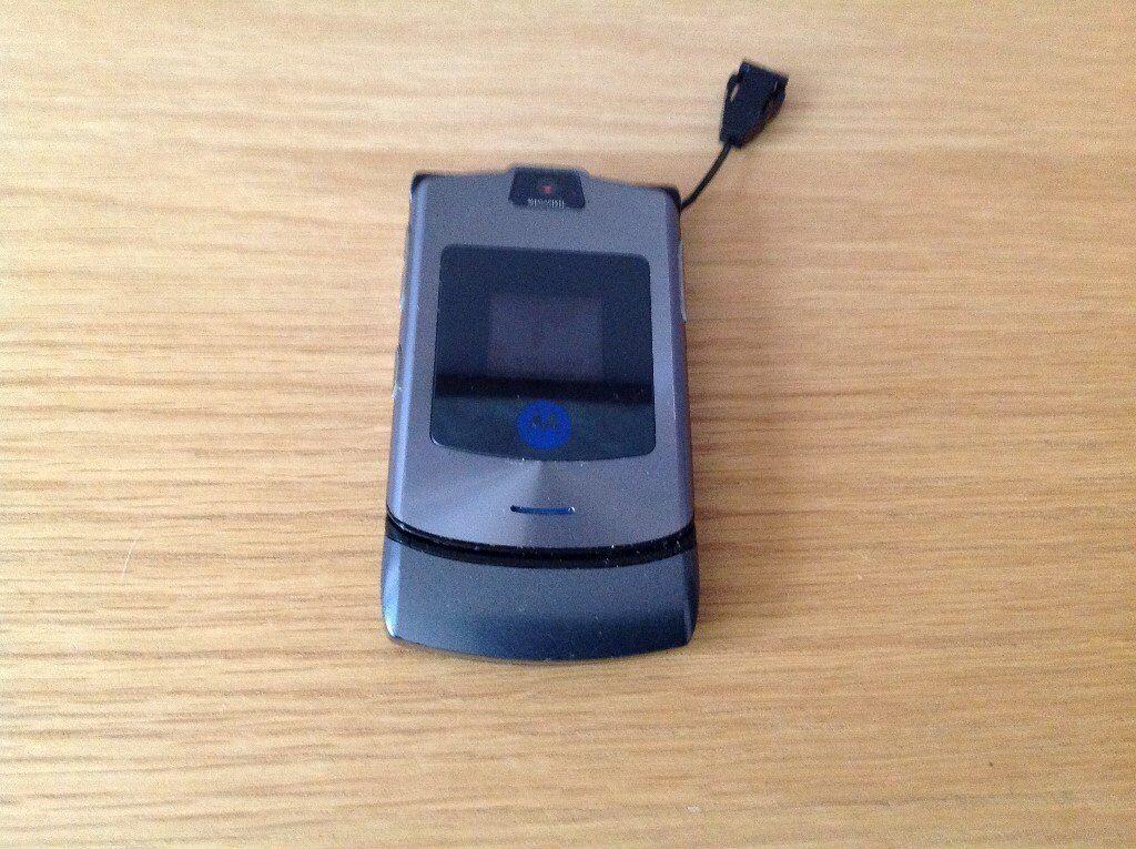 motarola razor phone in grade a condition