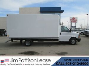 2017 GMC Savana 3500 6.0L 16 Ft. Unicell Cube Van w/Loading Ramp