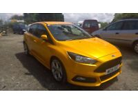 Ford Focus 2.0t st-2 ecoboost, 2015-15-reg, 2000cc, 11,000 miles, full service history,1 owner