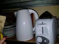 Toaster & kettle