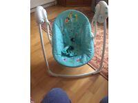 2x baby seats (1 vibrating & 1 musical swing)