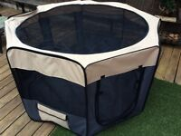 Extra Large pet pop up play pen - as new / unused complete with carry case