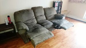 Moving Must Sell  / Recliner Sofa
