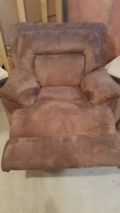Reclining sofa chair