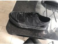 Creative recreation trainers size 11