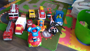 Lot de camions voitures Fisher price et vtech