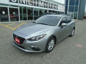 2014 Mazda Mazda3 **BACKUP CAM, BLUETOOTH & CRUISE!** GS