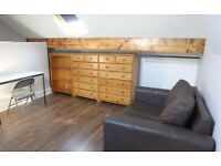 Student double rooms in 4-bed house share: Furnished & newly renovated. £330/350 pcm (bills incl.)