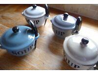 4 soup bowls