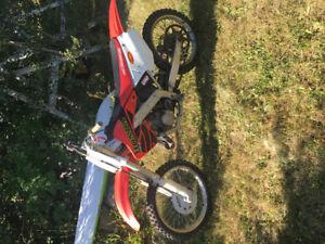 Selling Honda CR125 2stroke dirtbike