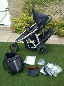 *** Phil and Teds fab Vibe pushchair with newborn cacoon ***