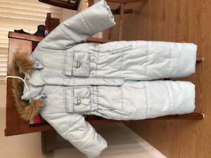 Cute vintage looking snowsuit