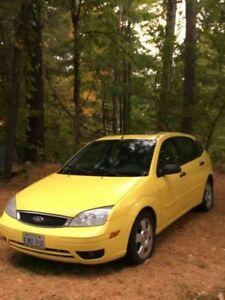 2005 Ford Focus Hatchback $2500 obo