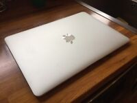 MacBook Air 13-inch (Mid-2012) - 1.8GHz i5, 8GB, 256GB
