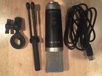 M-Audio Vocal Studio USB Microphone (LIKE NEW)