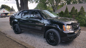 2011 Chevy Avalanche
