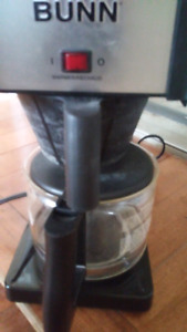 BUNN Coffee Maker/REDUCED