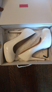 White high heels sz 8.5
