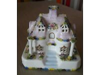 Coalport Fine Bone China The Country Cottage