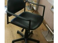 Salon chairs x4