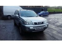 breaking 2005 silver nissan xtrail sve 2.5 petrol manual 4x4 qr25 parts spares.
