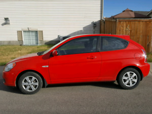 BEAUTIFUL 2008 HYUNDAI ACCENT $3900 OBO!! **LOW KMS**