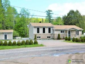 229 000$ - Maison à paliers multiples à Val-Des-Monts (Perkins