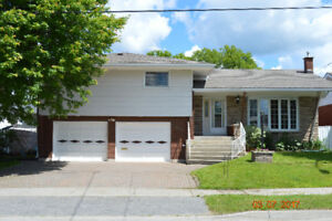 Room to Roam, Solid New Sudbury Brick Home + New Gas Forced Air!
